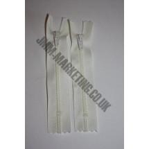 """Nylon Zips 10"""" (26cm) - Ivory"""