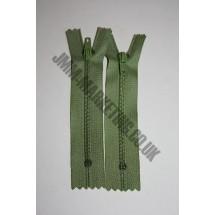 """Nylon Zips 10"""" (26cm) - Light Green"""